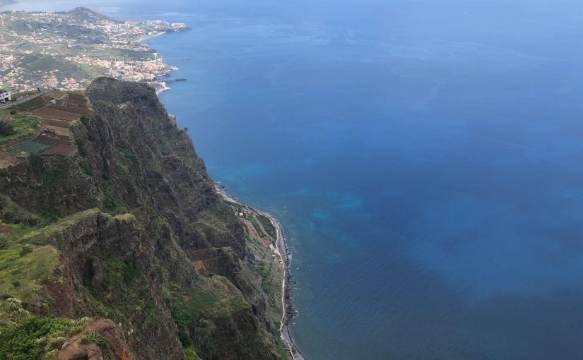 Funchal, um jardim àbeira-mar