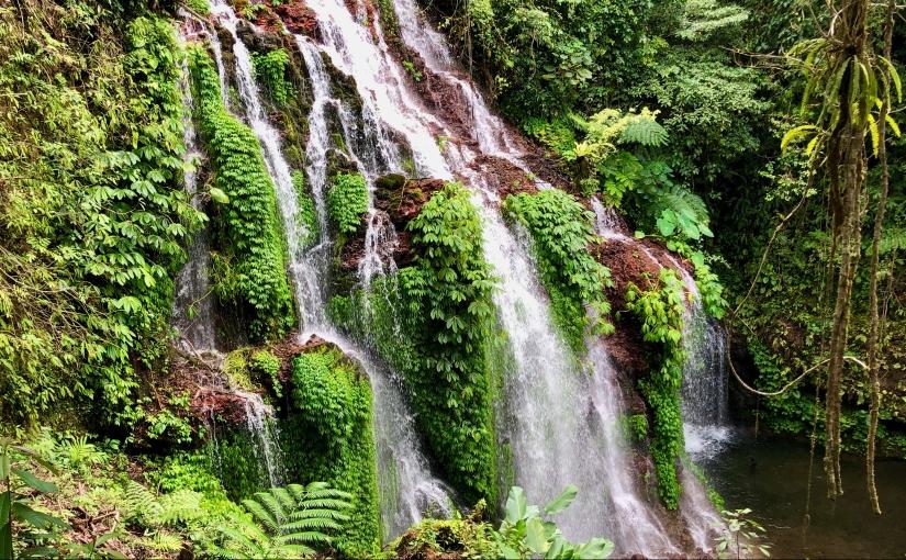 À caça de cascatas no norte deBali